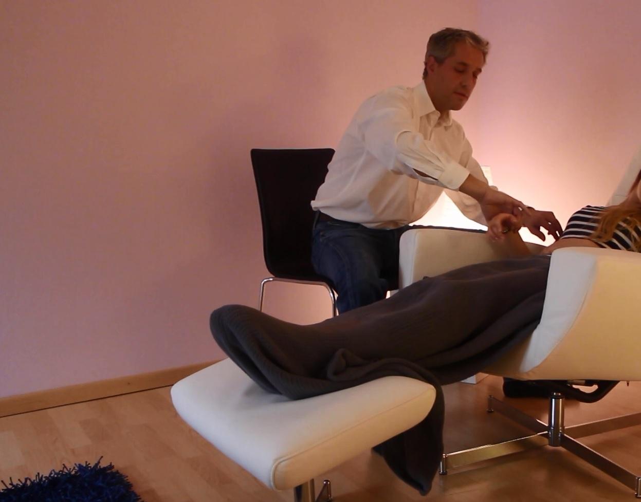 Projektarbeit über Hypnose und Hypnosetherapie (Videodokumentation)